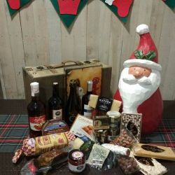 Baul Con Productos Asturianos - Lote de Navidad