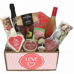 Cesta San Valentin productos gourmet de Asturias