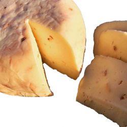 Queso de Vaca nueces y avellanas Taramundi - Asturias