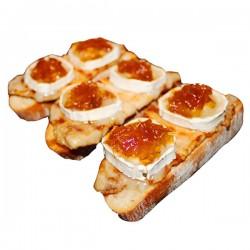 Tosta de Cebolla Caramelizada con Queso de Cabra
